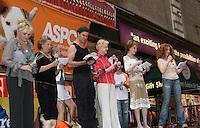 07-11-09 Broadway Barks 11