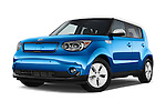 Stock pictures of low aggressive front three quarter view of2015 KIA Soul EV Base 5 Door Wagon Low Aggressive