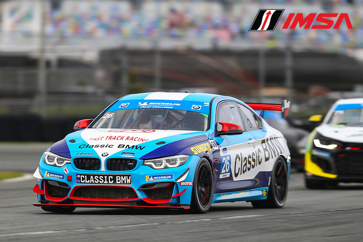 #26 Fast Track Racing BMW M4 GT4, GS: