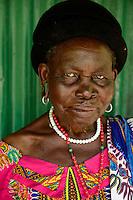 TANZANIA Region Mara, Musoma, village Kiagata, Kuria tribe, the Kuria practise ritual FGM Female Genital Mutilation , old Kuria woman / TANSANIA Region Mara, Musoma, Dorf Kiagata, Kuria Ethnie, Kuria praktizieren rituelle weibliche Genitalbeschneidung, alte Kuria Frau