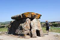 Dolmemn von Sa Coveccada bei Mores, Megallithkutur (3000600 v. Chr),  , Provinz Sassari, Nord - Sardinien, Italien