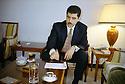 Irak 2000.Nershivan Barzani, premier ministre du KDP, dans son bureau d'Erbil.Iraq 2000.Nechirvan Barzani, prime minister