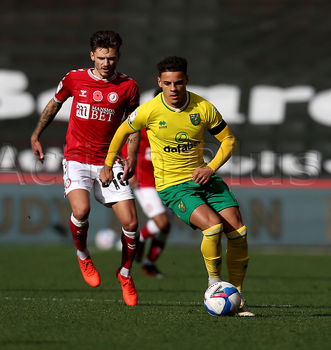 31st October 2020; Ashton Gate Stadium, Bristol, England; English Football League Championship Football, Bristol City versus Norwich; Max Aarons of Norwich City holds off Antoine Semenyo of Bristol City