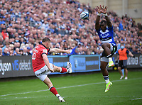 25th September 2021; The Recreation Ground, Bath, Somerset, England; Gallagher Premiership Rugby, Bath versus Newcastle Falcons; Will Haydon-Wood of Newcastle Falcons clears the ball to touch under pressure from Semesa Rokoduguni of Bath