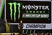 #18: Kyle Busch, Joe Gibbs Racing, Toyota Camry M&M's and Mitch Covington