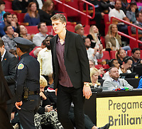 Moritz Wagner (C, Washington Wizards, #21) ist verletzt - 22.01.2020: Miami Heat vs. Washington Wizards, American Airlines Arena