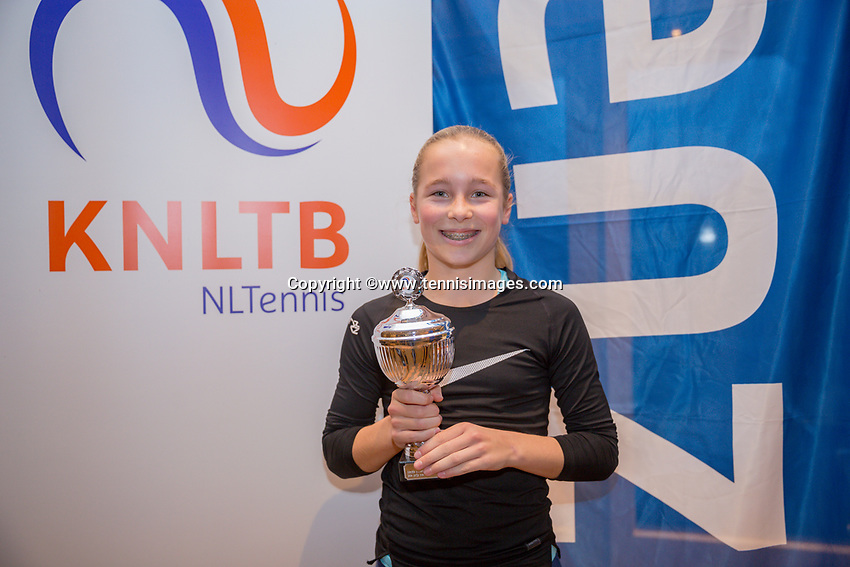 Hilversum, Netherlands, December 3, 2017, Winter Youth Circuit Masters, 12,14,and 16 years, 3 th place girls 14 years  Sara van Ernst<br /> Photo: Tennisimages/Henk Koster