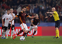Calcio, Champions League, Gruppo E: Roma vs Bayer Leverkusen. Roma, stadio Olimpico, 4 novembre 2015.<br /> Roma's Miralem Pjanic scores on a penalty kick during a Champions League, Group E football match between Roma and Bayer Leverkusen, at Rome's Olympic stadium, 4 November 2015.<br /> UPDATE IMAGES PRESS/Isabella Bonotto