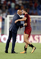 Calcio, Serie A: Roma, stadio Olimpico, 26 agosto, 2017.<br /> Inter's coach Luciano Spalletti (l) greets Roma' Kevin Strootman (r) during the Italian Serie A football match between Roma and Inter at Rome's Olympic stadium, August 26, 2017.<br /> UPDATE IMAGES PRESS/Isabella Bonotto