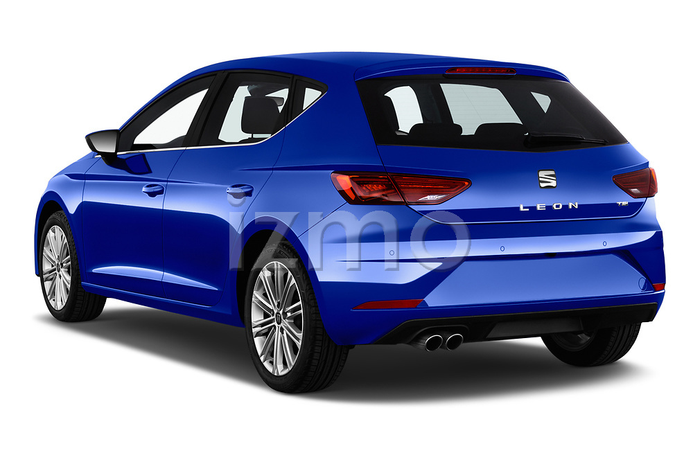 Car pictures of rear three quarter view of a 2018 Seat Leon Xcellence 5 Door Hatchback angular rear