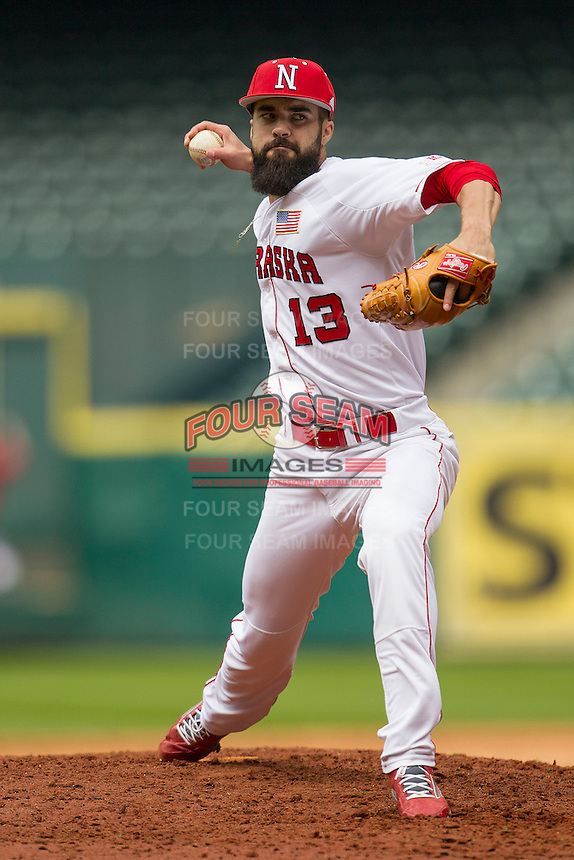 Nebraska Cornhuskers pitcher Josh Roeder (13) delivers a pitch to the plate during the NCAA baseball game against the Hawaii Rainbow Warriors on March 7, 2015 at the Houston College Classic held at Minute Maid Park in Houston, Texas. Nebraska defeated Hawaii 4-3. (Andrew Woolley/Four Seam Images)