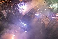 Belo Horizonte (MG). 09.10.19, Cruzeiro e Fluminense - baixa adesão da torcida recepcionando o Cruzeiro durante partida entre Cruzeiro e Fluminense, válida pela 24a rodada do Campeonato Brasileiro, no Estadio Mineirão em Belo Horizonte, MG, nesta quarta feira (09)
