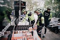grabbing the necessary nutrition for a long training ride<br /> <br /> Team Trek-Segafredo men's team<br /> training camp<br /> Mallorca, january 2019<br /> <br /> ©kramon