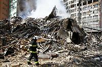 01.05.2018 - Incêndio em edifício no Largo do Paissandu em SP