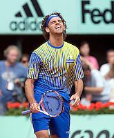 25-5-08, France,Paris, Tennis, Roland Garros, Gustavo Kuerten uit zijn frustratie
