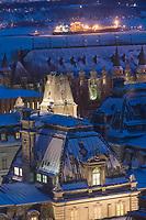 Amérique/Amérique du Nord/Canada/Québec/ Québec: Les toits de l'Hôtel du Parlement (Assemblée Nationale du Québec) et en fond le Saint-Laurent gelé