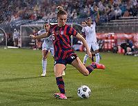EAST HARTFORD, CT - JULY 1: Kristie Mewis #6 of the USWNT crosses the ball during a game between Mexico and USWNT at Rentschler Field on July 1, 2021 in East Hartford, Connecticut.