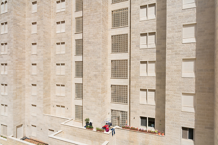 """March 2018. Despite the high occupancy rates provided by the devoloper, the city still feels very empty: most owners are """"Palestinians 1948"""" (Palestinian with Israeli citizenship) or Palestinian from the diaspora, and bought an apartment as an investment, and only come few week-ends in the year. It causes a major issue to the HOA (Home Owner Associations), who are in charge of collecting the fees from owners in order to cover the maintenance, electricity, trash collection, etc: the owners who do not live permanently in Rawabi mostly do no pay this fee, and the HOA only reaches a third of the fees. Bashar Al Masri promised to fill the gap himself, but only three years."""