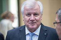 Sitzung des Bundesrat am Donnerstag den 3. November 2017.<br /> Der Berliner Buergermeister Michael Mueller ist turnusgemaess fuer die Dauer von 12 Monaten ab diesem Tag der Bundesratspraesident und somit auch der erste Stellvertreter des Bundespraesidenten.<br /> Im Bild: Horst Seehofer (CSU), Bayerischer Ministerpraesident.<br /> 3.11.2017, Berlin<br /> Copyright: Christian-Ditsch.de<br /> [Inhaltsveraendernde Manipulation des Fotos nur nach ausdruecklicher Genehmigung des Fotografen. Vereinbarungen ueber Abtretung von Persoenlichkeitsrechten/Model Release der abgebildeten Person/Personen liegen nicht vor. NO MODEL RELEASE! Nur fuer Redaktionelle Zwecke. Don't publish without copyright Christian-Ditsch.de, Veroeffentlichung nur mit Fotografennennung, sowie gegen Honorar, MwSt. und Beleg. Konto: I N G - D i B a, IBAN DE58500105175400192269, BIC INGDDEFFXXX, Kontakt: post@christian-ditsch.de<br /> Bei der Bearbeitung der Dateiinformationen darf die Urheberkennzeichnung in den EXIF- und  IPTC-Daten nicht entfernt werden, diese sind in digitalen Medien nach §95c UrhG rechtlich geschuetzt. Der Urhebervermerk wird gemaess §13 UrhG verlangt.]