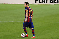 27th September 2020; Camp Nou, Barcelona, Catalonia, Spain; La Liga Football, Barcelona versus Villareal;  Leo Messi looks up for passing options