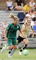 Amanda Cinalli..Saint Louis Athletica tied 1-1 with F.C Gold Pride, at Anheuser-Busch Soccer Park, Fenton, Missouri.