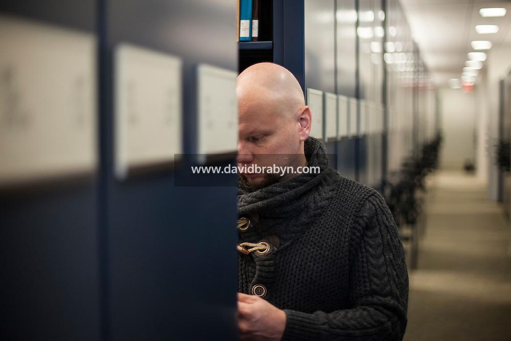 HS 20161222 USA, New Jersey, University of Princeton. Astro-biologist Olli-Pekka Vainio poses for the photographer. Photographer: David Brabyn