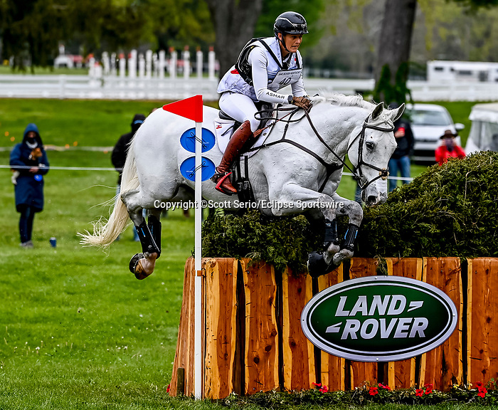 April 24, 2021: Colleen Loach competes in the Cross Country phase of the Land Rover 5* 3-Day Event aboard Qorry Blue D'Argouges at the Kentucky Horse Park in Lexington, Kentucky. Scott Serio/Eclipse Sportswire/CSM