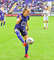 Tessa Wullaert (27) of Anderlecht pictured during a female soccer game between RSC Anderlecht Dames and Sporting Charleroi  on the second matchday of the 2021 - 2022 season of Belgian Womens Super League , saturday 28 th of August 2021  in Brussels , Belgium . PHOTO SPORTPIX   DAVID CATRY
