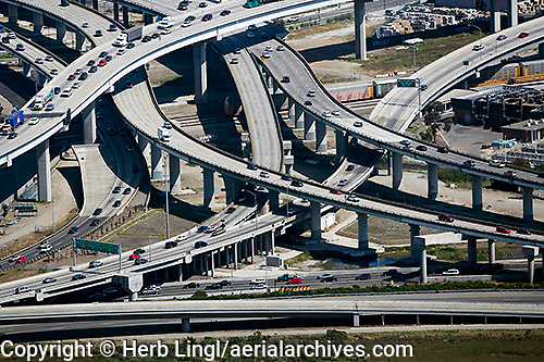 Emeryville, Emeryville Crescent, I-80, I-880, I-580 interchange,2008, 2000s, aerial photograph, Alameda County, beltway, drive, freeway, highway, infrastructure, interstate, motor, way, road, route, thruway, transit, transport, turnpike, Oakland, intersection, complex, aerial, aerialarchives, aerials, air, elevated, from, Herb Lingl, high, image, over, overhead, overlooking, overview, photograph, photography, views, America, American, California, Californian, CA, west, western, United, States, US, USA, CMNB0G, AHLB4961