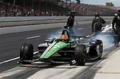 Oriol Servia, Arrow Schmidt Peterson Motorsports Honda pit stop