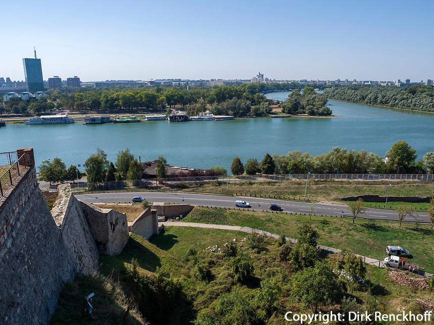 Blick von Festung auf Donau, Belgrad, Serbien, Europa<br /> Danube seen from the fortress,  Belgrade, Serbia, Europe