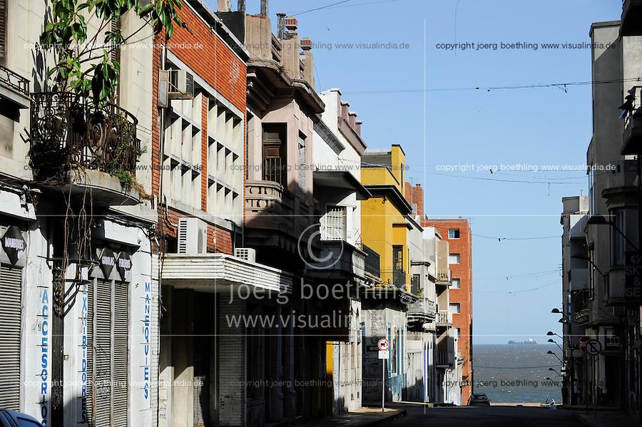 URUGUAY Montevideo, old city and Rio del la Plata