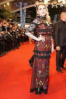 Coeur de pirate arrive sur le tapis rouge pour la projection du film 'Juste la fin du monde' lors du 69ème Festival du Film à Cannes le jeudi 19 mai 2016.