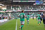19.09.2020, wohninvest Weserstadion, Bremen, GER,  SV Werder Bremen vs Hertha BSC Berlin, <br /> <br /> <br />  im Bild<br /> <br /> Spieler kommen aufs Spielfeld Yuya Osako (Werder Bremen #08)<br /> Ludwig Augustinsson (Werder Bremen #05)<br /> Joshua Sargent (Werder Bremen #19)<br /> <br /> Foto © nordphoto / Kokenge<br /> <br /> DFL regulations prohibit any use of photographs as image sequences and/or quasi-video.