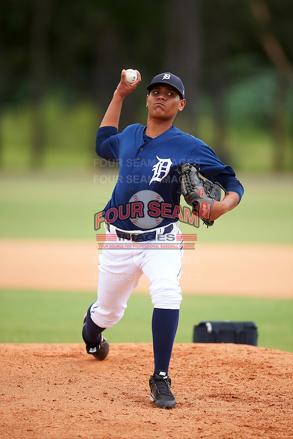 GCL Tigers East pitcher Kilber Santana (39) throws on a side field during a game against the GCL Tigers West on August 4, 2016 at Tigertown in Lakeland, Florida.  GCL Tigers West defeated GCL Tigers East 7-3.  (Mike Janes/Four Seam Images)