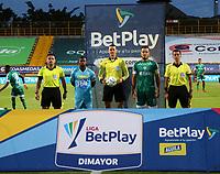 BOGOTÁ- COLOMBIA, 04-09-2021:Wilmar Roldán Pérez referee central entre La Equidad y Jaguares de Córdoba en partido por la fecha 8 como parte de la Liga BetPlay DIMAYOR II 2021 jugado en el estadio Metropolitano de Techo de la ciudad de Bogotá. / Central referee Wilmar Roldan Perez between La Equidad and Jaguares de Cordoba in match for the date 8 as part of the BetPlay DIMAYOR League II 2021 played at Metropolitano de Techo stadium in Bogota city. Photo: VizzorImage / Felipe Caicedo / Staff