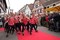 Gross-Gerau 28.04.2017: Frühlingserwachen in der Innenstadt Groß-Gerau<br /> Tanzgruppe Vendetta der SG Dornheim tritt auf<br /> Foto: Vollformat/Marc Schüler, Schäfergasse 5, 65428 R'heim, Fon 0151/11654988, Bankverbindung KSKGG BLZ. 50852553 , KTO. 16003352. Alle Honorare zzgl. 7% MwSt.