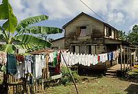 - house in Bluefields town, on the Atlantic coast ....- casa nella città di Bluefields, sulla costa atlantica