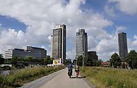 Nederland  Amsterdam - 2020.   Hoogbouw bij Overamstel / Amstelkwartier.  Foto : ANP/ Hollandse Hoogte / Berlinda van Dam