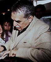 COLOMBIA 2014: Gabriel José de la Concordia García Márquez, (Gabriel Garcia Marquez), escritor Colombiano, fallecio en Ciudad de Mexico a la edad de 87 años. Gabo, como lo llamaban familiarmente fue escritor, novelista, cuentista, guionista, editor y periodista, gano el premio nobel de literatura en el año 1982. Está relacionado de manera inherente con el realismo magico y su obra más conocida, la novela Cien Años de Soledad, es considerada una de las más representativas de este género literario e incluso se considera que por su éxito es que tal término se aplica a la literatura desde los años setenta. Garcia Marquez, Aracataca, Colombia marzo 6 de 1927- Ciudad de Mexico, Mexico abril 17 de 2014. / Gabriel José de la Concordia García Márquez (Gabriel Garcia Marquez), Colombian writer, died in Mexico City at the age of 87. Gabo as they called familiarly was a writer, novelist, short story writer, screenwriter, editor and journalist, won the Nobel Prize in Literature in 1982. It is related inherently to magic realism and his most famous work, the novel One Hundred Years of Soledad, is considered one of the most representative of this literary genre and even believes that his success is that such term applies to literature since the seventies. Garcia Marquez Aracataca, Colombia, March 6, 1927- Ciudad de Mexico, Mexico, April 17, 2014. / Photo: VizzorImage / Luis Ramirez / Staff. / File Photo.