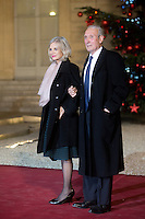 Former French Justice Minister Elisabeth Guigou and her husband, Jean-Louis, arrive to attend a dinner in honour of Senegal's President Macky Sall at the Elysee Palace in Paris, France December 20, 2016. # FRANCOIS HOLLANDE RECOIT MACKY SALL POUR LE DINER A L'ELYSEE