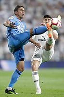 Real Madrid's Marco Asensio (r) and Getafe CF's Damian Suarez during La Liga match. August 19,2018.  *** Local Caption *** © pixathlon<br /> Contact: +49-40-22 63 02 60 , info@pixathlon.de