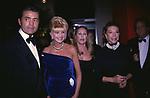 """ROFFREDO GAETANI LOVATELLI CON IVANA TRUMP URSULA ANDRESS E MARINA DORIA DI SAVOIA<br /> PREMIO """"THE BEST"""" ESPACE CARDIN PARIGI 1998"""