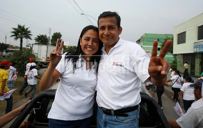 Presidential candidate Ollanta Humala with his wife in campaign in Lima, Peru, Friday, April 1, 2011.