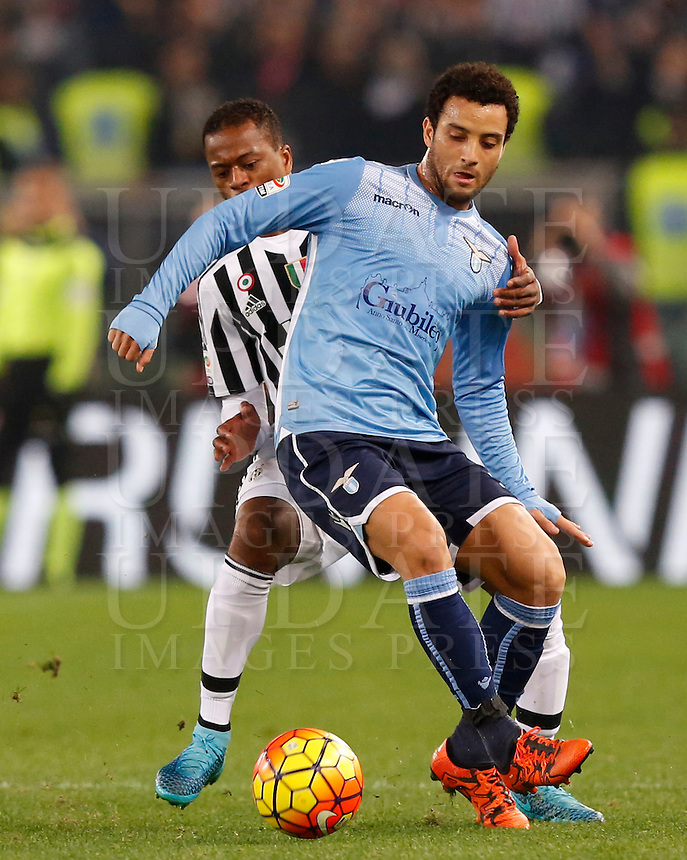 Calcio, Serie A: Lazio vs Juventus. Roma, stadio Olimpico, 4 dicembre 2015.<br /> Lazio's Felipe Anderson, right, is challenged by Juventus' Patrice Evra during the Italian Serie A football match between Lazio and Juventus at Rome's Olympic stadium, 4 December 2015.<br /> UPDATE IMAGES PRESS/Riccardo De Luca
