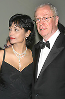 Michael Caine and wife Shakira Caine 2004 04/26/2004<br /> THE FILM SOCIETY OF LINCOLN CENTER GALA<br /> TRIBUTE TO MICHAEL CAINE.<br /> AVERY FISHER HALL, LINCOLN CENTER<br /> Photo By John Barrett/PHOTOlink.net