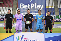 MONTERÍA- COLOMBIA, 30-03-2021:Jorge Tabares Cano referee central durante el encuentro entre Jaguares de Córdoba y Atlético Junior  en partido por la fecha 16 como parte de la Liga BetPlay DIMAYOR 2021 jugado en el estadio Jaraguay- Municipal de Montería de la ciudad de Montería. /Central referee Jorge Tabares Cano  during match between  Jaguares de Cordoba and Atletico Junior   in match for the date 16 as part of the BetPlay DIMAYOR League I 2021 played at Jaraguay- Municipal de Monteria  stadium in Monteria city. Photo: VizzorImage / Felipe López / Contribuidor