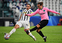 Football Soccer: UEFA Champions League -Group Stage-  Group G - Juventus vs FC Barcellona, Allianz Stadium. Turin, Italy, October 28, 2020.<br /> Juventus' captain Leonardo Bonucci (l) in action with Barcellona's Antoine Griezmann (r) during the Uefa Champions League football soccer match between Juventus and Barcellona at Allianz Stadium in Turin, October 28, 2020.<br /> UPDATE IMAGES PRESS/Isabella Bonotto