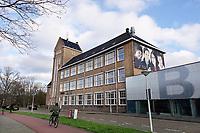 Nederland  Amsterdam  2020.   Amsterdam Noord. Het Bredero Beroepscollege is een vmbo-school voor de basisberoepsgerichte en kaderberoepsgerichte leerweg. Foto : ANP/ HH / Berlinda van Dam