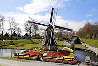 Enkuizen -  Zuiderzeemuseum. De molen